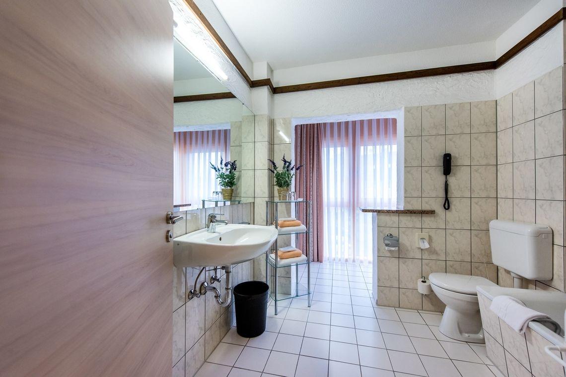 Slider Doppelzimmer CONTEL Koblenz 5