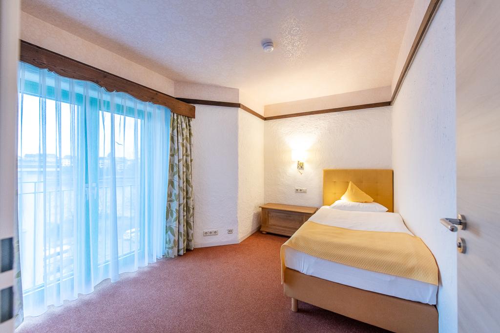 Slide 3 Komfort Einzelzimmer